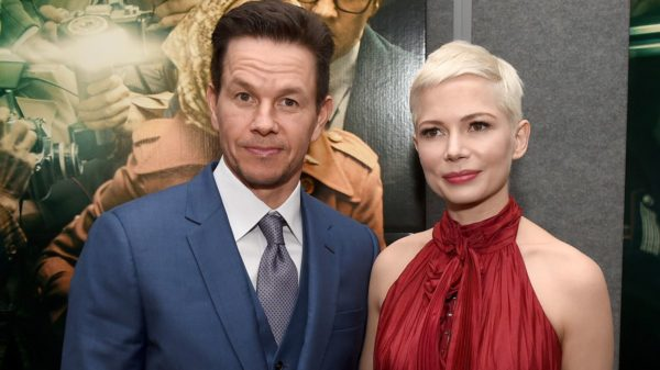 Michelle Williams và Mark Wahlberg sau khi tham gia All The Money In The World